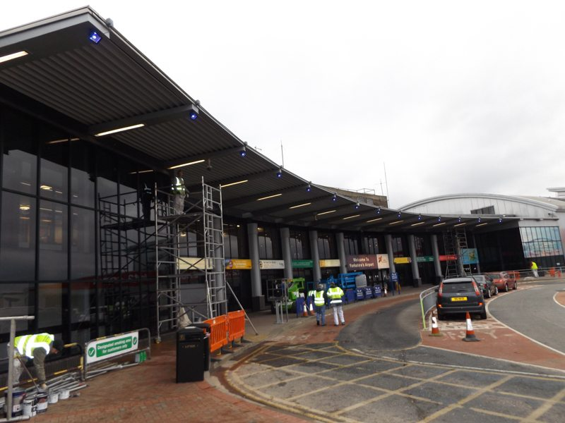 Painting and decorating services for bus stations